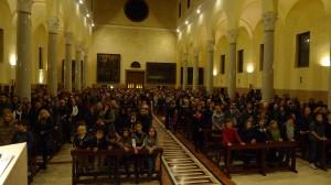 La Chiesa dell'Istituto piena durante la Santa Messa