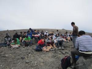 lezione di geologia sulle pendici di Vulcano
