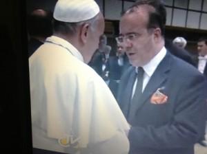 Il maestro Bodega ha diretto il coro che si è esibito all'udienza papale del giugno scorso