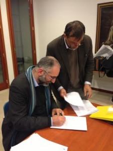 La firma di padre Denora sull'atto costitutivo