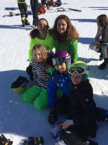 In alto da sin.: Letizia Brancato, Anna Arsi. In basso:  Lucrezia Memè, Veronica Fatigati, Alice Ferrara