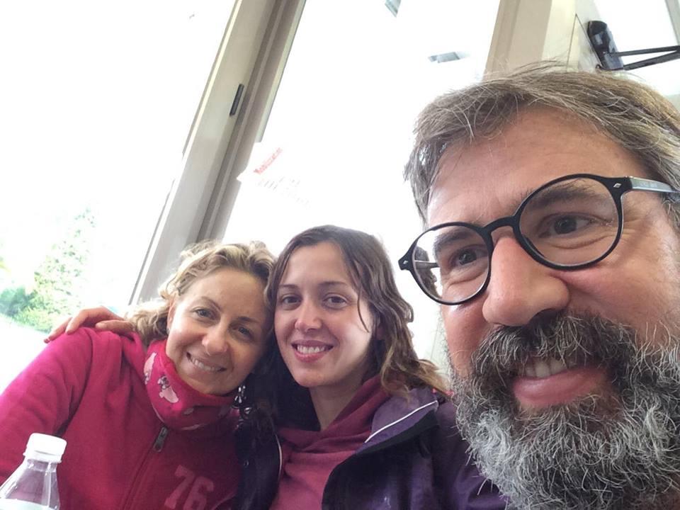 I condottieri del gruppo: da sin. le prof.sse Annamaria Cocuzza e Silvia Raffaelli; padre Diego Mattei
