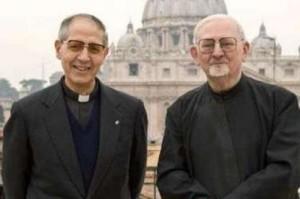 Da sin. padre Nicolás e padre Kolvenbach