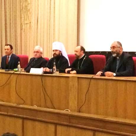 L'incontro con il metropolita Hilarion (al centro)
