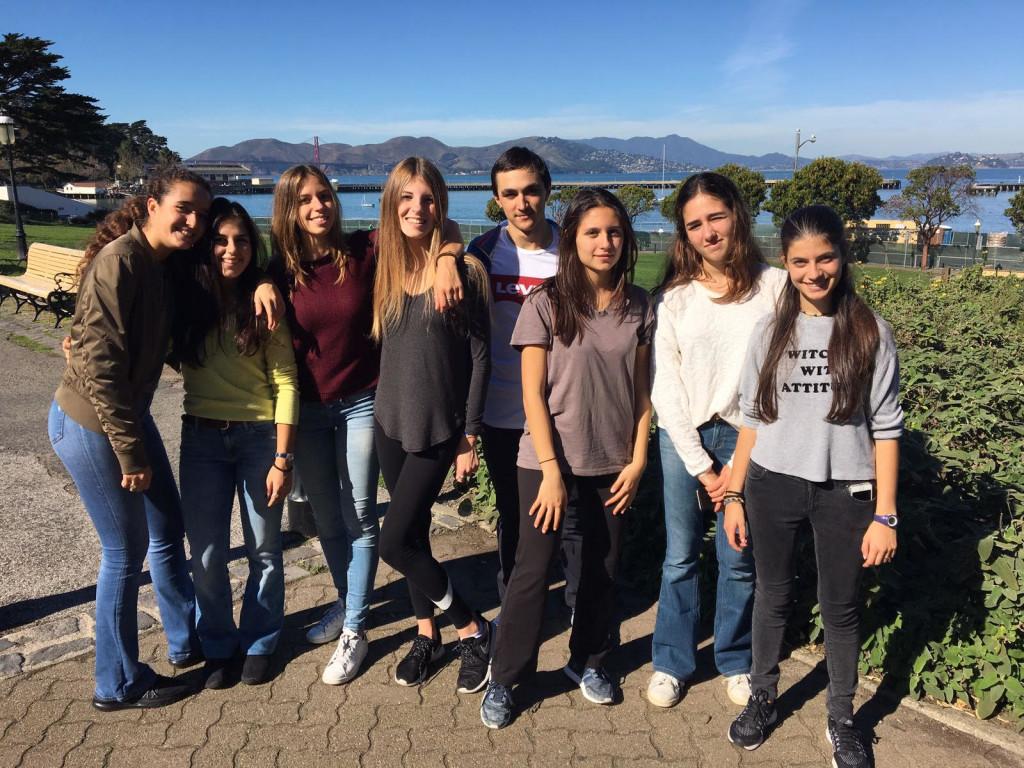 Da sinistra: Eleonora Fatigati, Anna Crea, Isabel Calandrini, Chiara Pastori, Filippo Dallanoce, Elisa Navarrini, Guia Ferrari Ardicini e Elisa Pozzoni