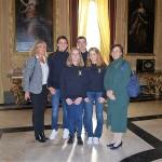 Da sin: la prof. Valeria Muzzio, Leonardo, Ludovico, Lucrezia, Veronica, la prof. Gabriella Tona