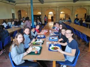 Anche intorno a un tavolo si fanno nuovi amici! Mensa del Mount St.Mary's College