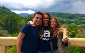 Alessandro Tagietti, Fiammetta Mondini e Isabel Calandrini, volontari del Leone XIII in Romania 2017
