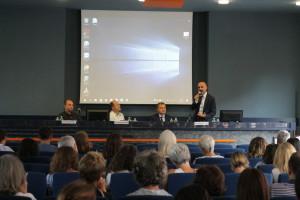 Intervento del dottor Lo Storto. Alla sua dx il prof. Sibillo, padre Bongiovanni e don Burgio.