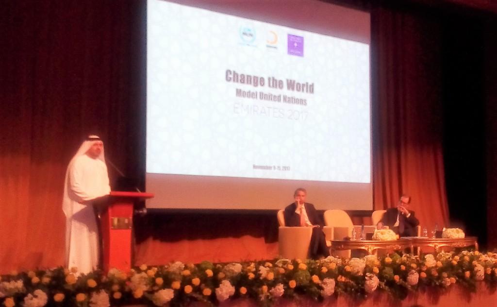 Apre i lavori Abdulla El Reyes, Ministry of Presidential Affairs UAE