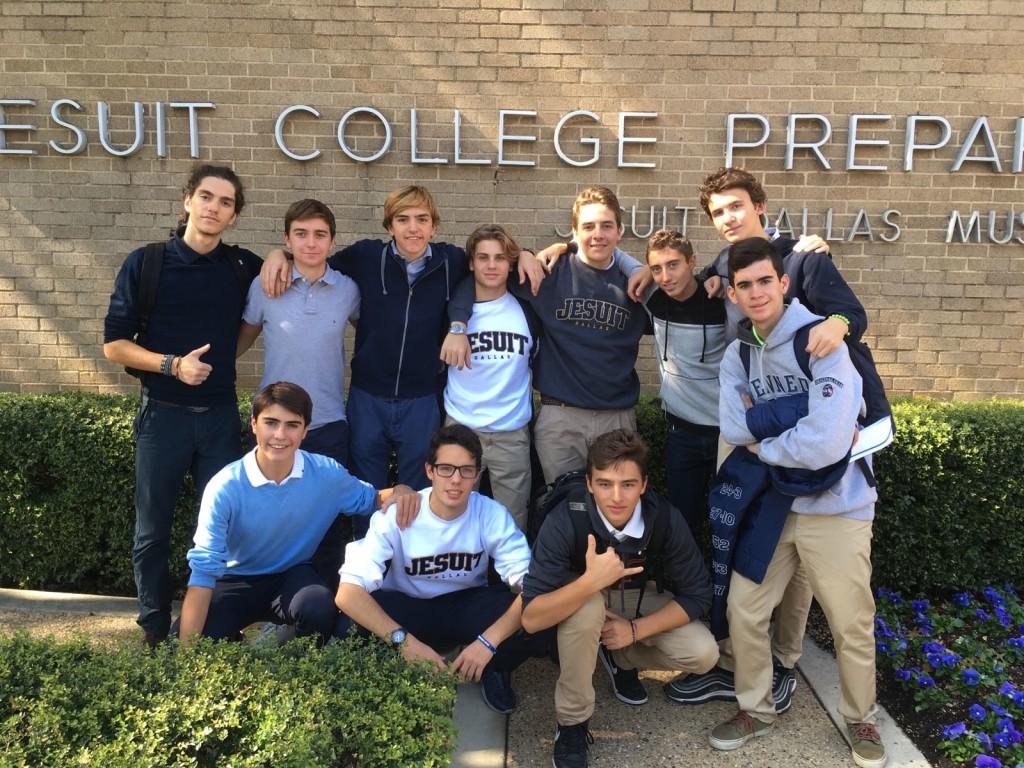 In alto da sin: Paolo, Filippo, Guido, Andrea, Paolo, Mattia, Emanuele e Jacopo. In basso da sin: Pietro, Leonardo e Tommaso